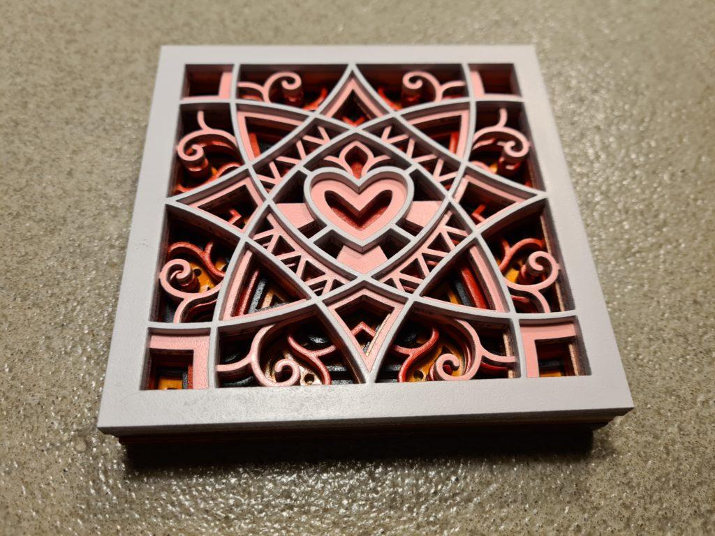 Un mandala en forme de Coeur en couleur