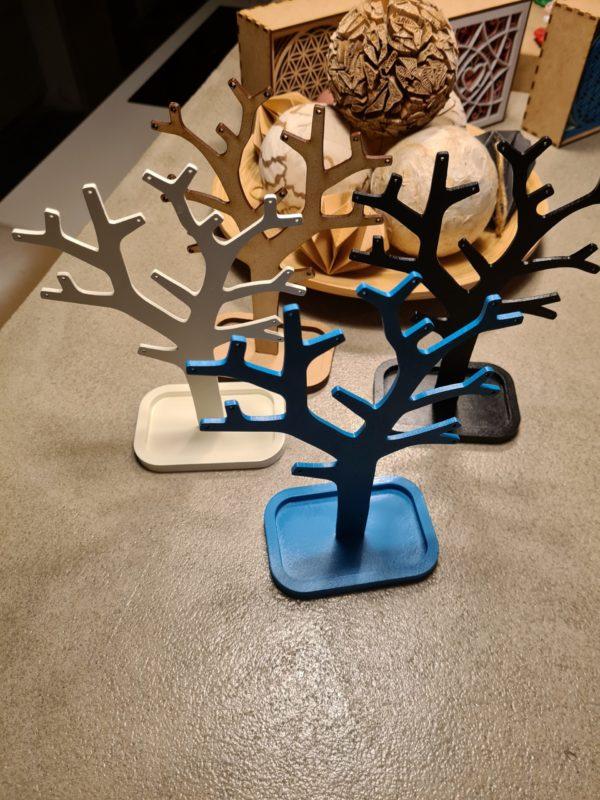 Le Bijoux-Tree, l'arbre à bijoux