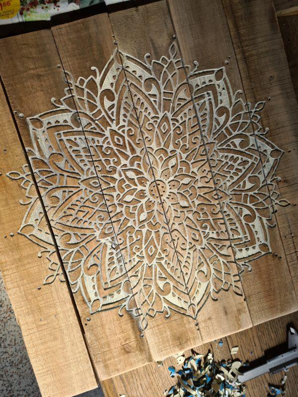 Mandala grand panneau de palette